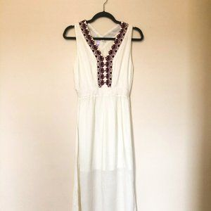 ALYA Long Cream Sun Dress with a detailed V-Neck S